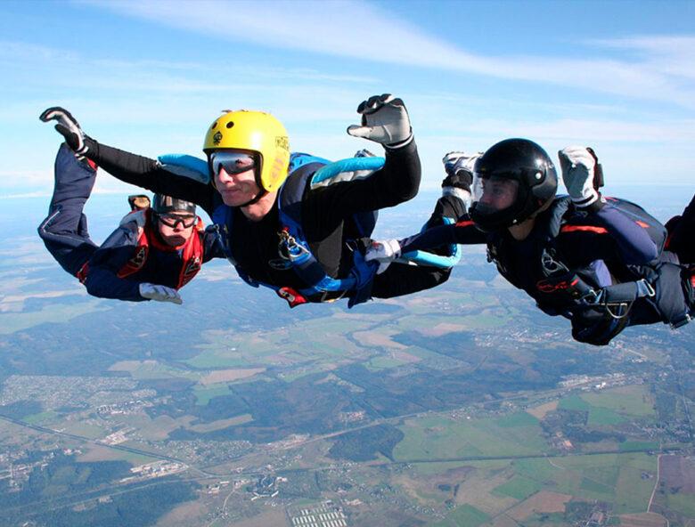 Обучение прыжкам с парашютом