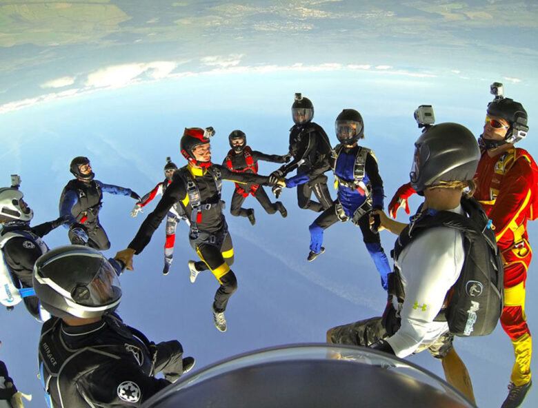 Спортивные парашютные прыжки